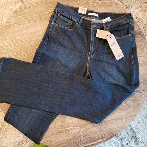 🆕 Levi's Classic Boot Cut Jeans - Size 10